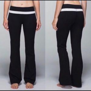 LULULEMON Groove Yoga Pants Black White {V19}